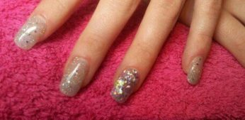 Now Available Express Nails